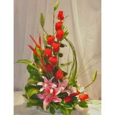 Kırmızı Gül ve Pembe Lilyumlar