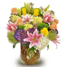 Cam Vazoda Renkli Çiçekler